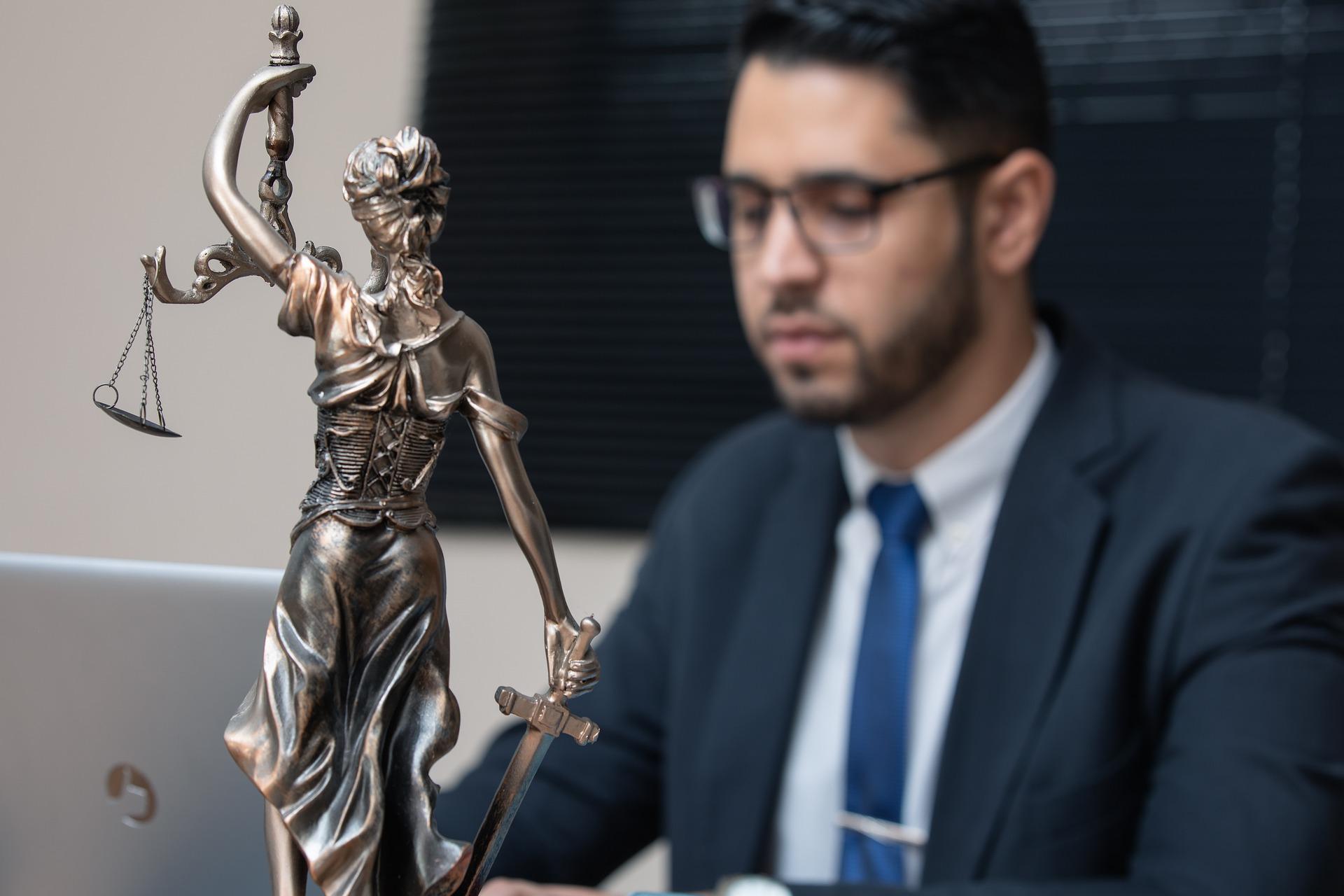 Rechtsanwalt werden in Österreich – Voraussetzung, Ausbildung und Verdienstmöglichkeiten